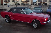 1966 Mustang Candyapple red with black top